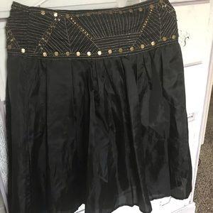 ZARA BASIC black pleated midi skirt. M